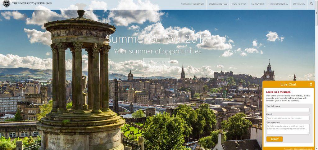 Screenshot of live chat implementation on Summer School website